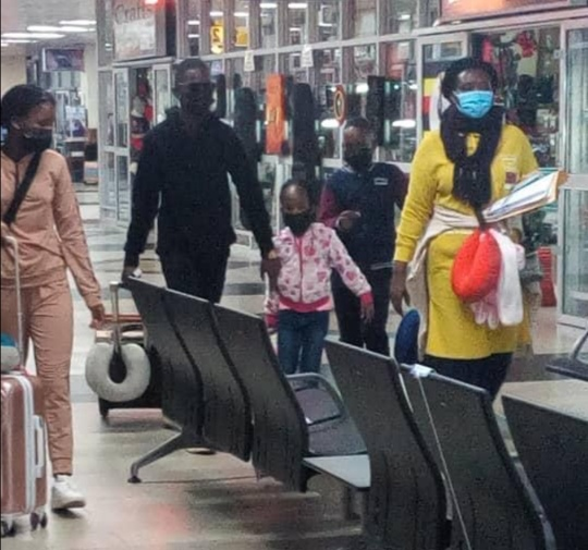 """bobi8 - """"NRM Mafias Wanted To Kidnap My Kids And Force Me To Surrender!"""" Bobi Wine Explains Why He Had To Send His Family To USA One Week To Elections."""