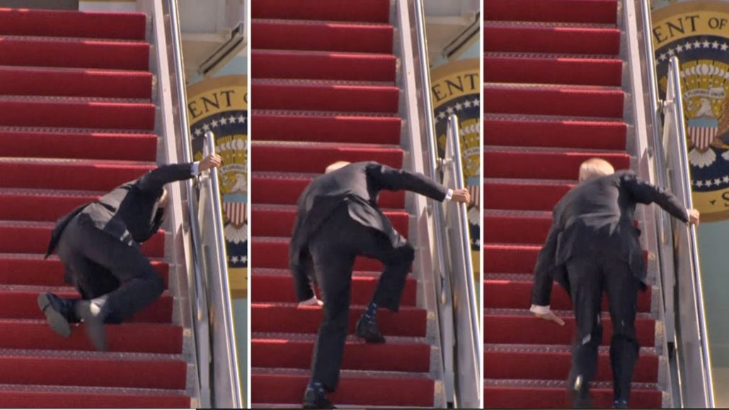 BIDEN 1030x579 - US President Joe Biden Fell Three Times Stumbling Up The Stairs Of Air Force One.